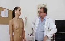 Vagina checkup for Jessica Koks